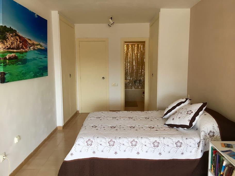 Dormitorio en suite / Ensuite Bedroom