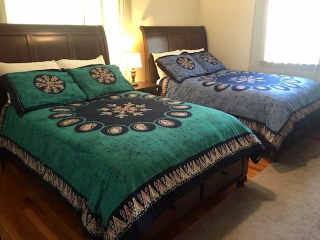 2 full beds private RM near Harvard Sq. & MIT