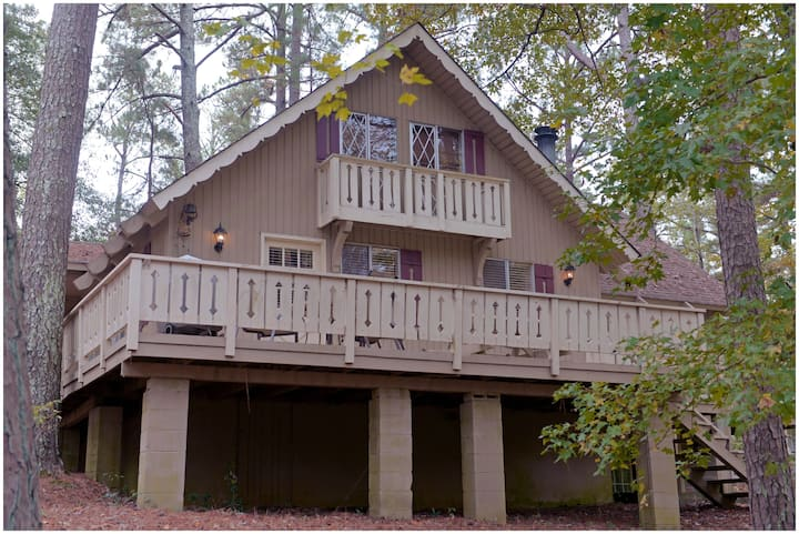 Pine Mountain Club Chalets - Four Bedroom Lakefront #74 - Pet Friendly