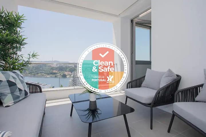 Liiiving in Porto | Luxury River View Apartment V