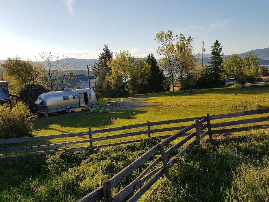 15 acres family ranch provides lots walks and privacy