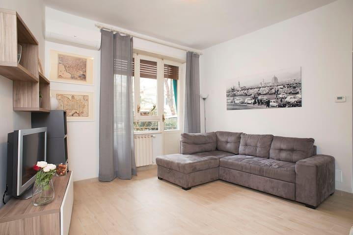 TwelveHolly apartment