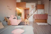 Room4-只接中长租具体详谈 !LOFT楼中楼配备百寸高清投影仪!市中心BRT沿线,速达机场动车站
