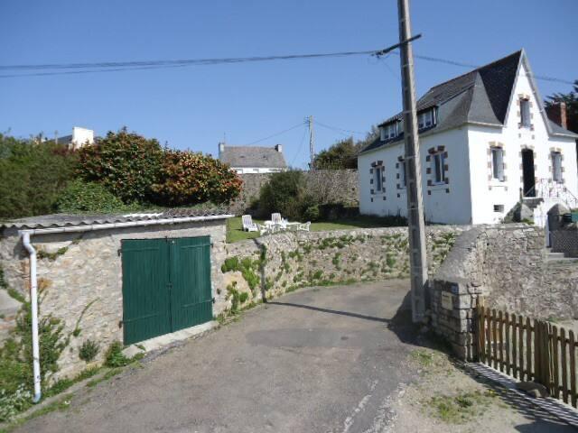 maison en pierre bord de mer - Audierne - House