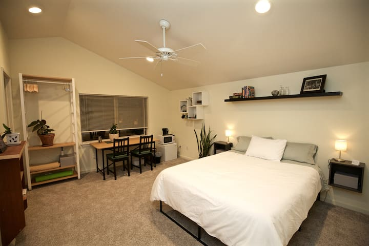 Serene, top-floor Master Suite with private bath
