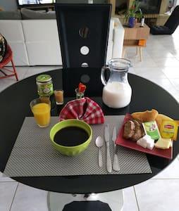 Villa à la campagne avec charme + petit déjeuner