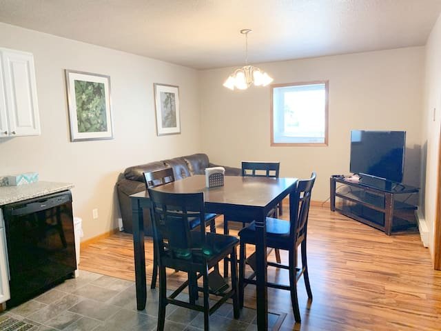 1 bed, 1 bath Beulah Apartment - serviced and cozy
