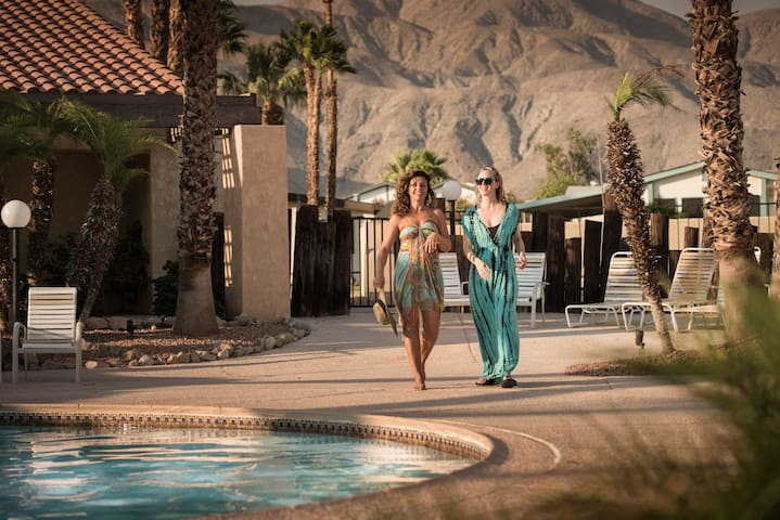 Escape to Mineral Hot Springs Pools/Spas