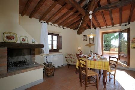 This is the Tuscany you are looking for..... - Certaldo - Wohnung