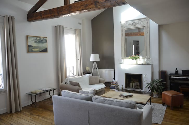 4 bedrooms + parking - Levallois-Perret - Apartment