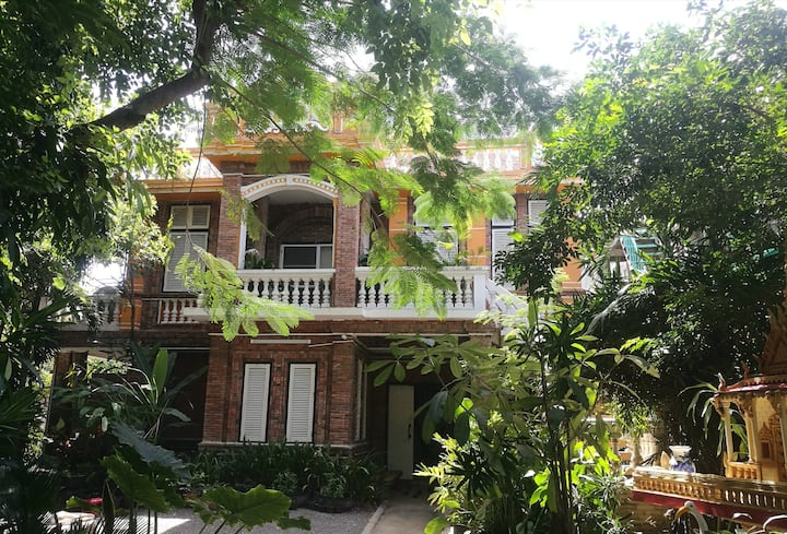 Brightness villa,Private Home Stay with Breakfast