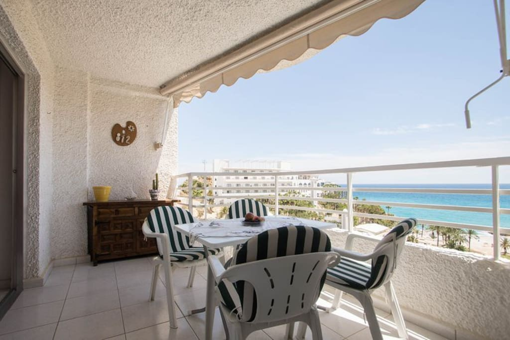 Without doubt one of the most privileged balconies of the Costa Blanca!