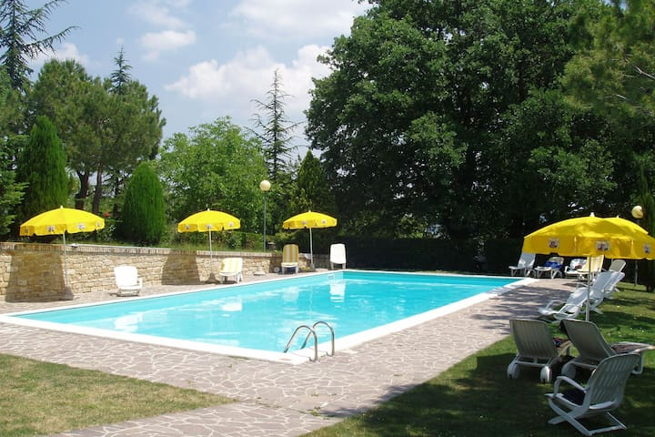 Mountain View Holiday Home in Montelparo with Swimming Pool