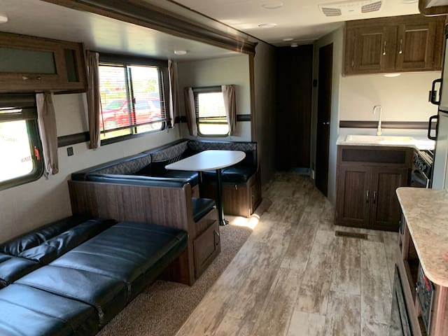 Brand New Camper on Large Quiet Land W/ Waterview