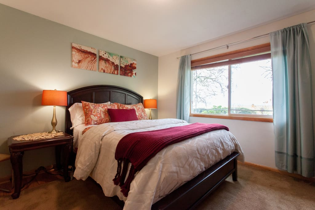Bedroom with super comfy bedding and Queen size mattress.