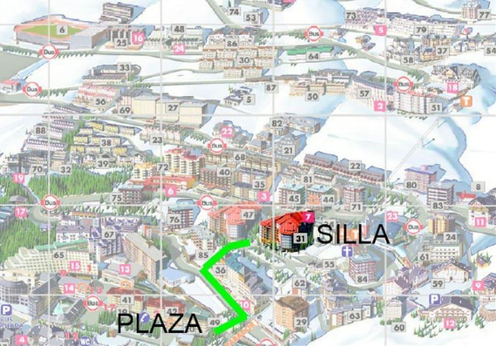 Ubicación y acceso a pie a la plaza