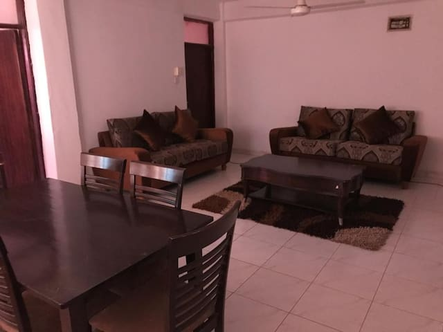 Convenice Apartment In Downtown Khartoum/Al Amarat