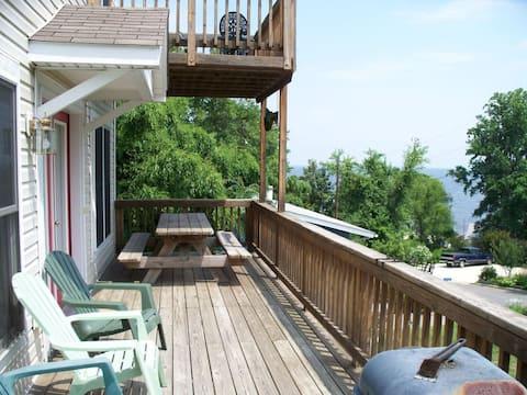 Block to beach!  Relax, enjoy views & game room.