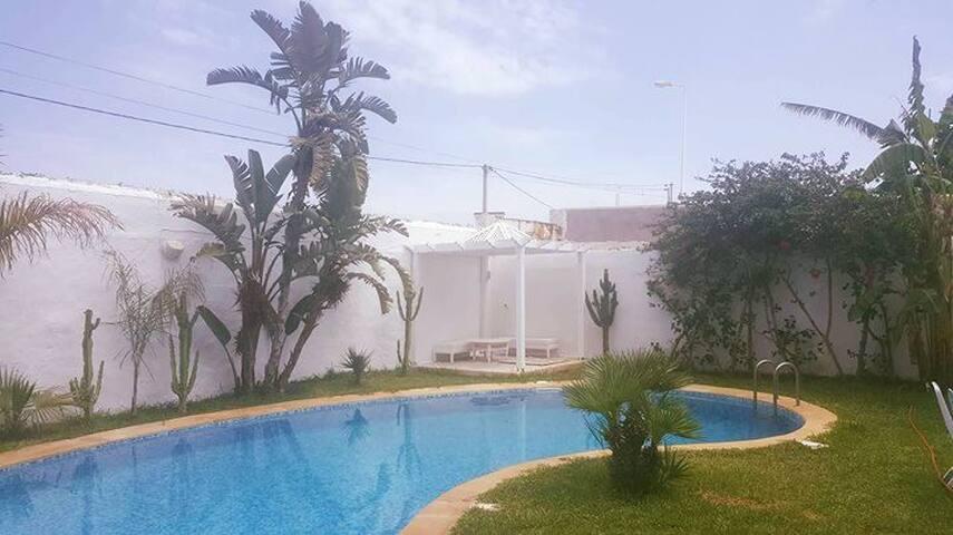 Charmante villa piscine à Hammamet tunis