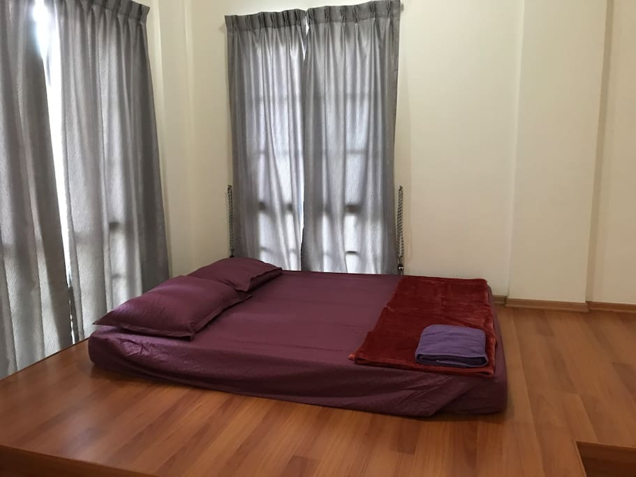 Master Room Near Nus Science Park Houses For Rent In Singapore Singapore