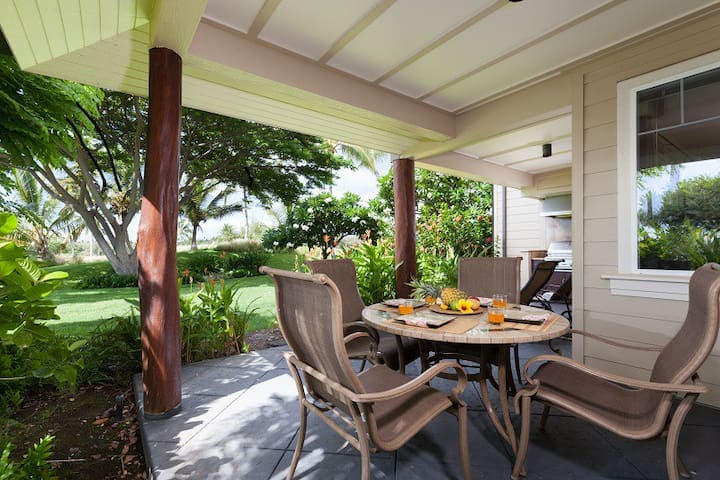 G1 Waikoloa Beach Villas. Beautiful 3 bedroom townhome with BBQ Grill on the lanai