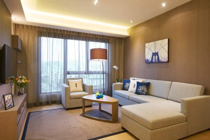 Tranquil 2BR Apartment near West Coast Park