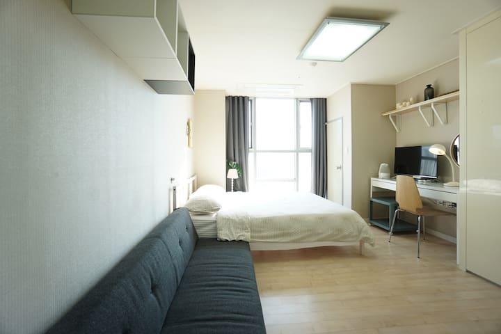 BS3★Private Cozy Studio Sindang Stn Nr Dongdaemun