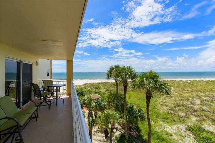 Sweeping Beach Views Night  Day - Updated Large Unit Just Across From Johns Pass Village - Free Wifi - #213 Madeira Norte Condo