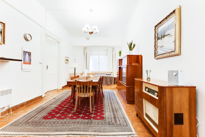 """Enjoy historic apartment with huge bedroom and dining area at real heart of Prague. Spend holidays or weekend in comfy flat with high speed Wi-fi, Netflix TV 40"""", washer/dryer and great espresso. Brand new kitchen and bathroom are at your disposal."""