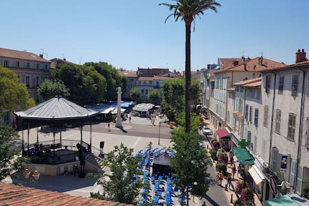 Studio 4 couchages Place Nationale Vieil Antibes