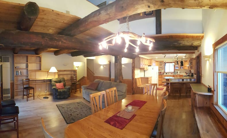 DEMIGOD Lodge, 5br,Leavenworth Area - Peshastin
