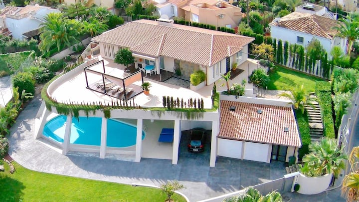 Beautiful Modern Villa In The Heart Of Santa Ponsa