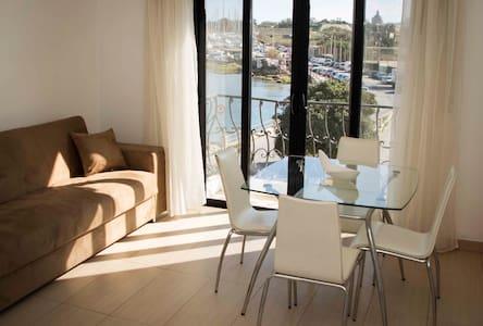 Apartament w doskonałej lokalizacji-widok na morze