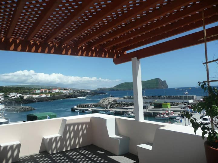 Ocean Front/Terraced House