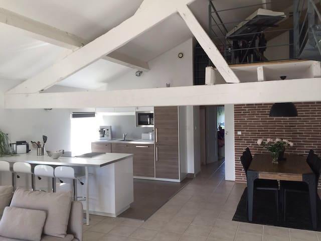 Appartement duplex moderne - Saint-Saturnin-lès-Avignon