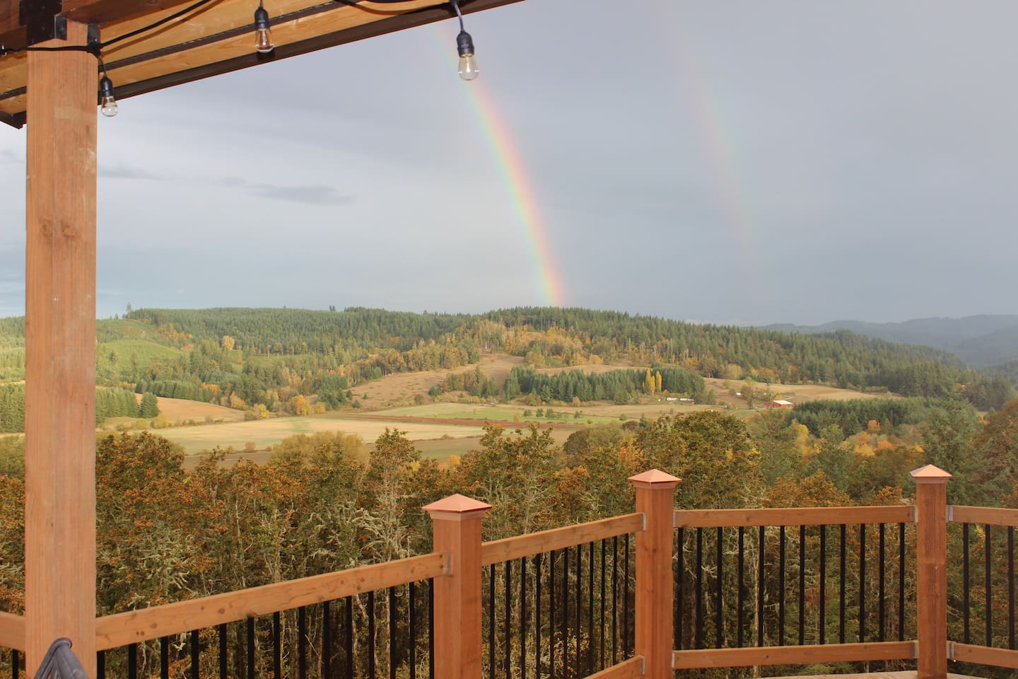 """GET AWAY FROM IT ALL but be NEAR THE BEST at The MerriOtt's """"Owl's Loft"""". Panoramic views, in Willamina, Oregon.  Near wineries, Spirit Mountain Casino, the  coast,  McMinnville's Evergreen Space Museum with the Spruce Goose, Linfield College & more."""