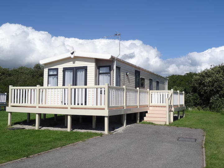 Stunning caravan, Lizard Point Holiday Park