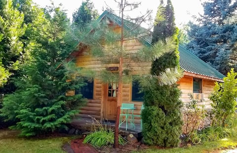 Blue Gate Cottage  on the Rogue River
