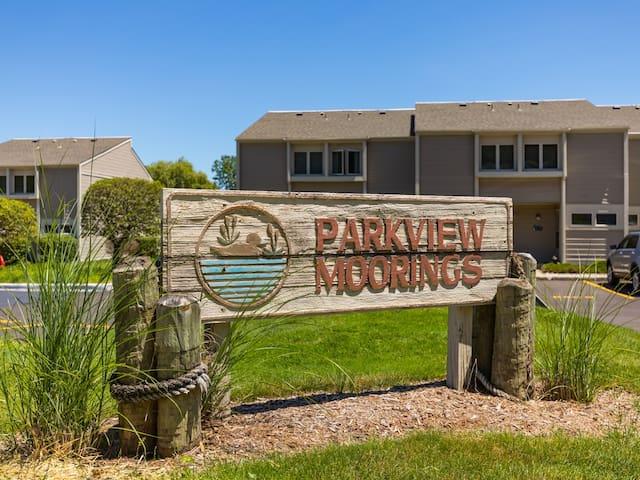 Parkview Moorings 240E