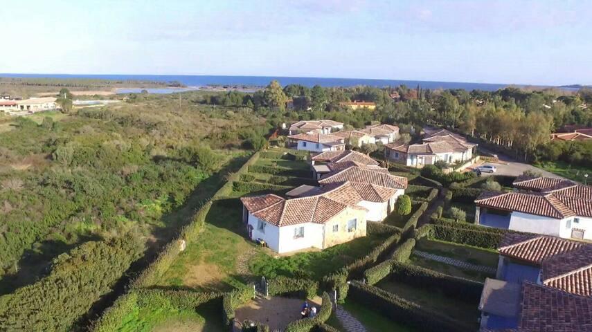 Sardinia appartamenti sul mare villas for rent in for Agrustos mare