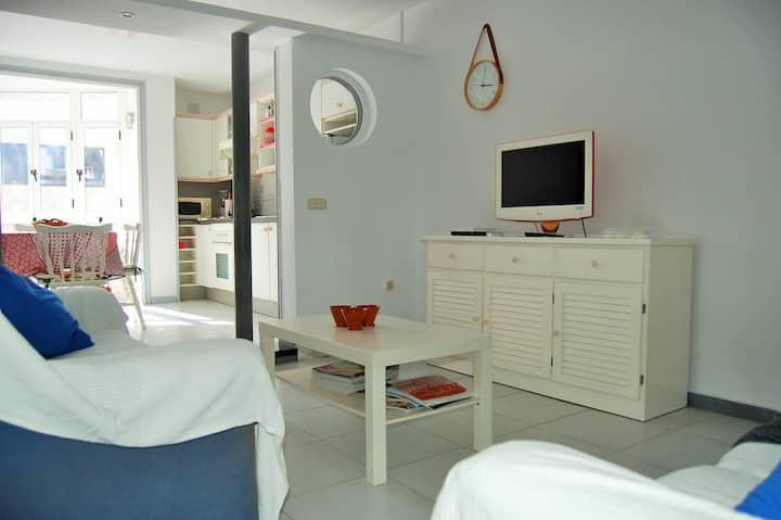 The Medano Pika apartment, center and beach.
