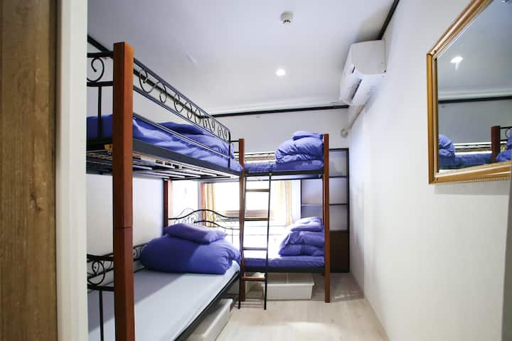 4min, twin bunk bed easy access, good location!!!