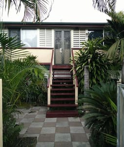 Majestic 2 Timber Queenslander - Parramatta Park