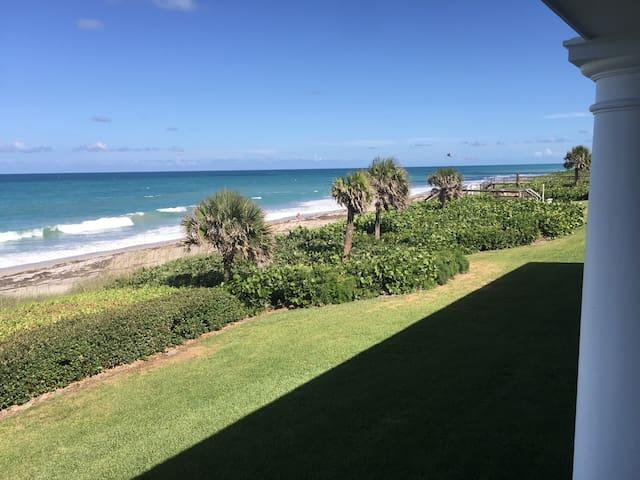 Oceanfront Studio Condominium Vero Beach, FL