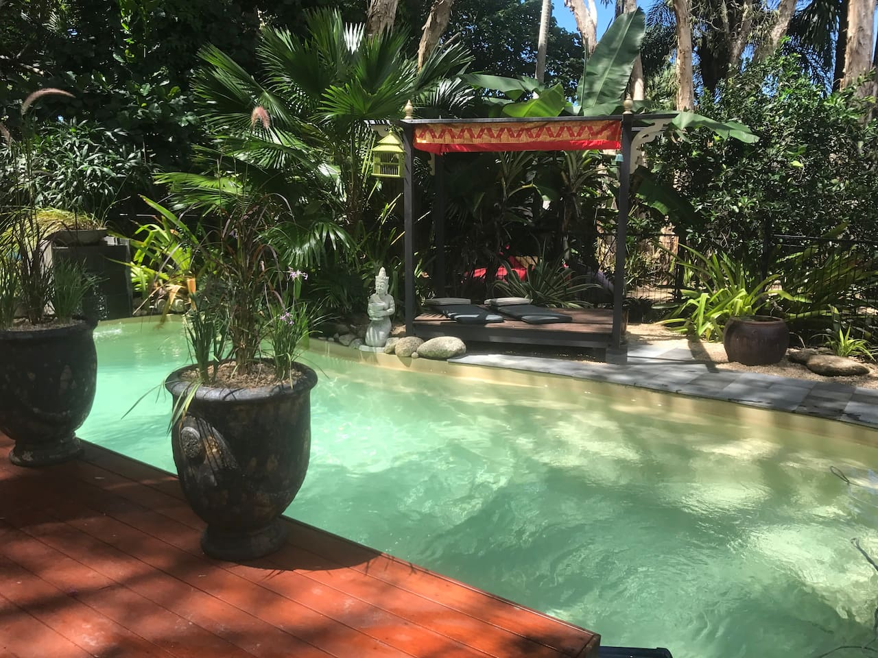 Modern Asian styled tropical Lodge - Houses for Rent in Clifton ...