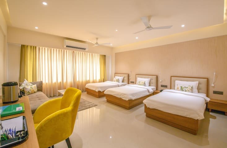 Deluxe rooms with free Wifi @ Adalaj Gandhinagar