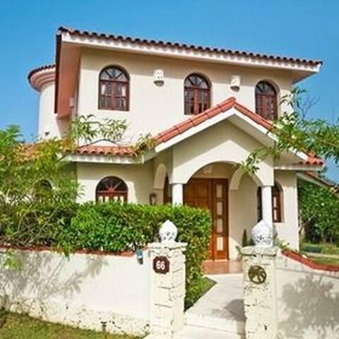 Luxury Crown Villa in Puerto Plata - Cofresi - Hus