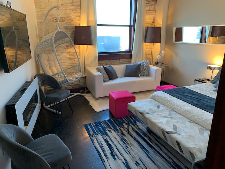 Best Comfy Downtown Houston King Queen Loft Suite