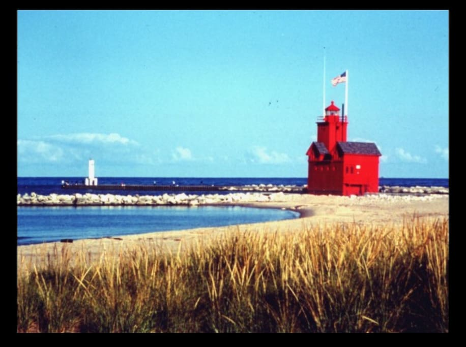 Minutes from Holland State Park