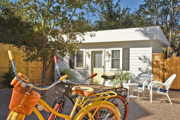 Coral  Cottage 2 Blocks From Beaufort Waterfront